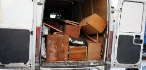Изнасяне на битови отпадъци от жилище