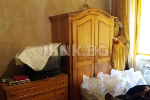 изхвърляне на мебели от апартаменти и къщи
